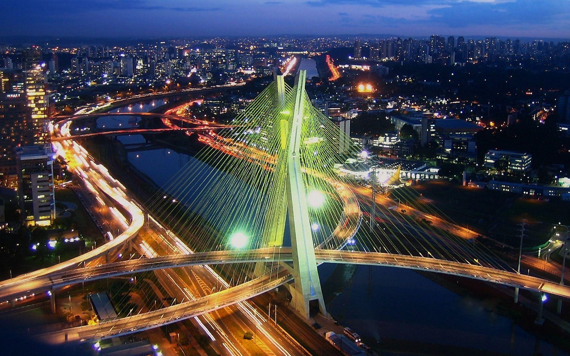 Allen & Overy hangs on in São Paulo